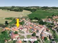 Stranou od hlavní silnice v obci - Prodej domu v osobním vlastnictví 153 m², Chanovice