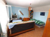 Pokoj č. 3 v podkroví - Prodej domu v osobním vlastnictví 153 m², Chanovice