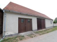 Průjezdná garáž a stodola - Prodej domu v osobním vlastnictví 153 m², Chanovice