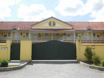 Prodej bytu 1+kk v osobním vlastnictví 63 m², Horní Planá