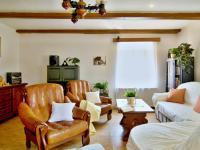 Rodinný důn Rychnov u Nových Hradů (Prodej domu v osobním vlastnictví 685 m², Horní Stropnice)