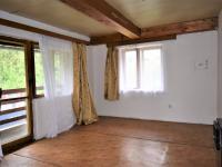 Pokoj s balkonem (Prodej chaty / chalupy 100 m², Ostrovec)