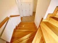 schodiště do 2.p (Prodej historického objektu 288 m², Třeboň)