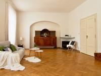 1.patro ob.pokoj (Prodej historického objektu 288 m², Třeboň)
