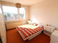 Pokoj č. 2 (Prodej bytu 2+1 v osobním vlastnictví 65 m², Strakonice)