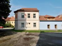 Prodej nájemního domu 180 m², Netolice
