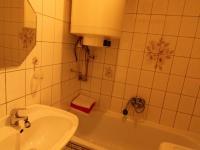 koupelna (Prodej bytu 2+1 v osobním vlastnictví 63 m², Vodňany)