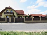 RD - Chýně - Praha západ - pohled na dům  - Prodej domu v osobním vlastnictví 175 m², Chýně