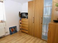 RD - Chýně - Praha západ - pokoj pro hosty nebo pracovna v dolním patře - Prodej domu v osobním vlastnictví 175 m², Chýně
