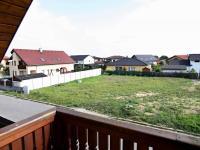 RD - Chýně - Praha západ - výhled z horního patra domu - Prodej domu v osobním vlastnictví 175 m², Chýně