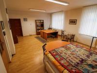 1NP - pokoj č. 1 - Prodej domu v osobním vlastnictví 178 m², Strakonice