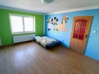 Podkroví - pokoj č. 2.1. - Prodej domu v osobním vlastnictví 178 m², Strakonice
