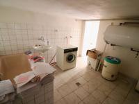 Suterén - prádelna (bojler na TUV) - Prodej domu v osobním vlastnictví 178 m², Strakonice