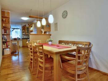 Strážkovice, okres České Budějovice - Prodej domu v osobním vlastnictví 246 m², Strážkovice