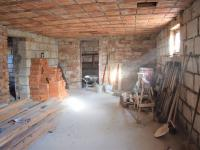 Garáž - Prodej domu v osobním vlastnictví 320 m², Heřmaň