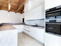 Prodej domu v osobním vlastnictví, 550 m2, Libeř