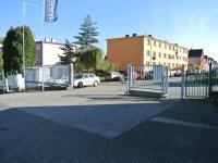 Vjezd do areálu - Pronájem komerčního objektu 165 m², Týn nad Vltavou