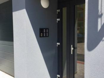 ul. B Smetany - Č. Budějovice 3, byt 2+kk - Vstup do domu - Pronájem bytu 2+kk v osobním vlastnictví 60 m², České Budějovice