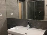 ul. B Smetany - Č. Budějovice 3, byt 2+kk - koupelna - Pronájem bytu 2+kk v osobním vlastnictví 60 m², České Budějovice