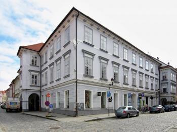 Pronájem nebytových prostor České Budějovice - Pronájem komerčního objektu 111 m², České Budějovice