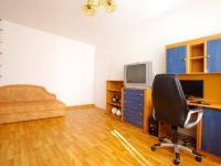 Dětský pokoj 2 - Prodej bytu 5+1 v osobním vlastnictví 99 m², České Budějovice