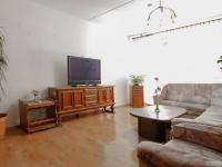 Obývací pokoj s lodžií - Prodej bytu 5+1 v osobním vlastnictví 99 m², České Budějovice