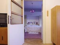 Vstup do ložnice z obývacího pokoje v 2.NP  - Prodej domu v osobním vlastnictví 320 m², České Budějovice