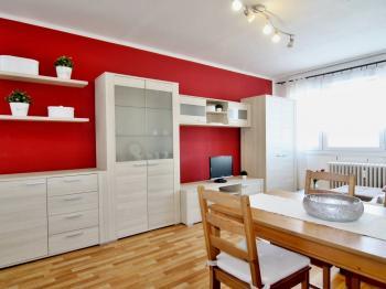 Prodej bytu 3+1 v osobním vlastnictví 76 m², Praha 6 - Řepy