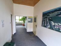 Vstup do administrativní části budovy - Prodej komerčního objektu 7165 m², Vacov