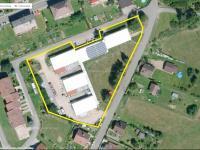 Celkový satelitní pohled na nabízené nemovitosti - Prodej komerčního objektu 7165 m², Vacov