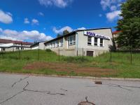 Pohled na budovy areálu - Prodej komerčního objektu 7165 m², Vacov