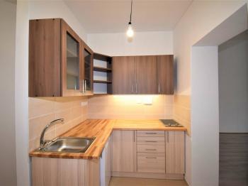 Pronájem bytu 2+1 v osobním vlastnictví, 47 m2, Písek