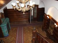 vstupní hala (Prodej domu v osobním vlastnictví 746 m², Krnov)