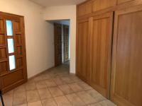 vstupní hala (Prodej domu v osobním vlastnictví 680 m², Ostrava)