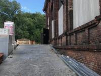 nájezdová rampa - Pronájem komerčního objektu 580 m², Ostrava