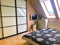 ložnice  (Prodej bytu 3+kk v osobním vlastnictví 100 m², Čeladná)