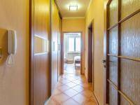 chodba č.4 (Pronájem bytu 4+1 v družstevním vlastnictví 140 m², Ostrava)