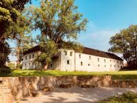 Prodej historického objektu 2000 m², Velká Polom