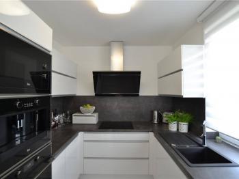 Prodej domu v osobním vlastnictví 81 m², Sviadnov