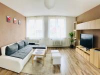 obývací pokoj - Prodej bytu 3+1 v osobním vlastnictví 83 m², Ostrava