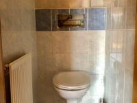 wc ve 2. np - Prodej domu v osobním vlastnictví 200 m², Ostrava