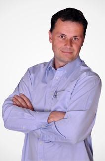 Daniel Papoušek