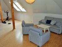 obývací pokoj v podkroví (Prodej domu v osobním vlastnictví 225 m², Stará Huť)