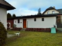 garáž (Prodej domu v osobním vlastnictví 225 m², Stará Huť)
