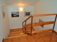 schodiště do podkroví (Prodej domu v osobním vlastnictví 225 m², Stará Huť)