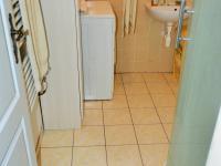 koupelna přízemí (Prodej domu v osobním vlastnictví 225 m², Stará Huť)