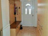zádveří (Prodej domu v osobním vlastnictví 225 m², Stará Huť)