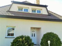 pohled ke vstupu (Prodej domu v osobním vlastnictví 225 m², Stará Huť)