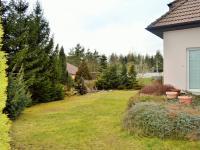 pohled do zahrady (Prodej domu v osobním vlastnictví 225 m², Stará Huť)