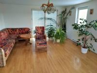 obývací pokoj (Prodej domu v osobním vlastnictví 225 m², Stará Huť)